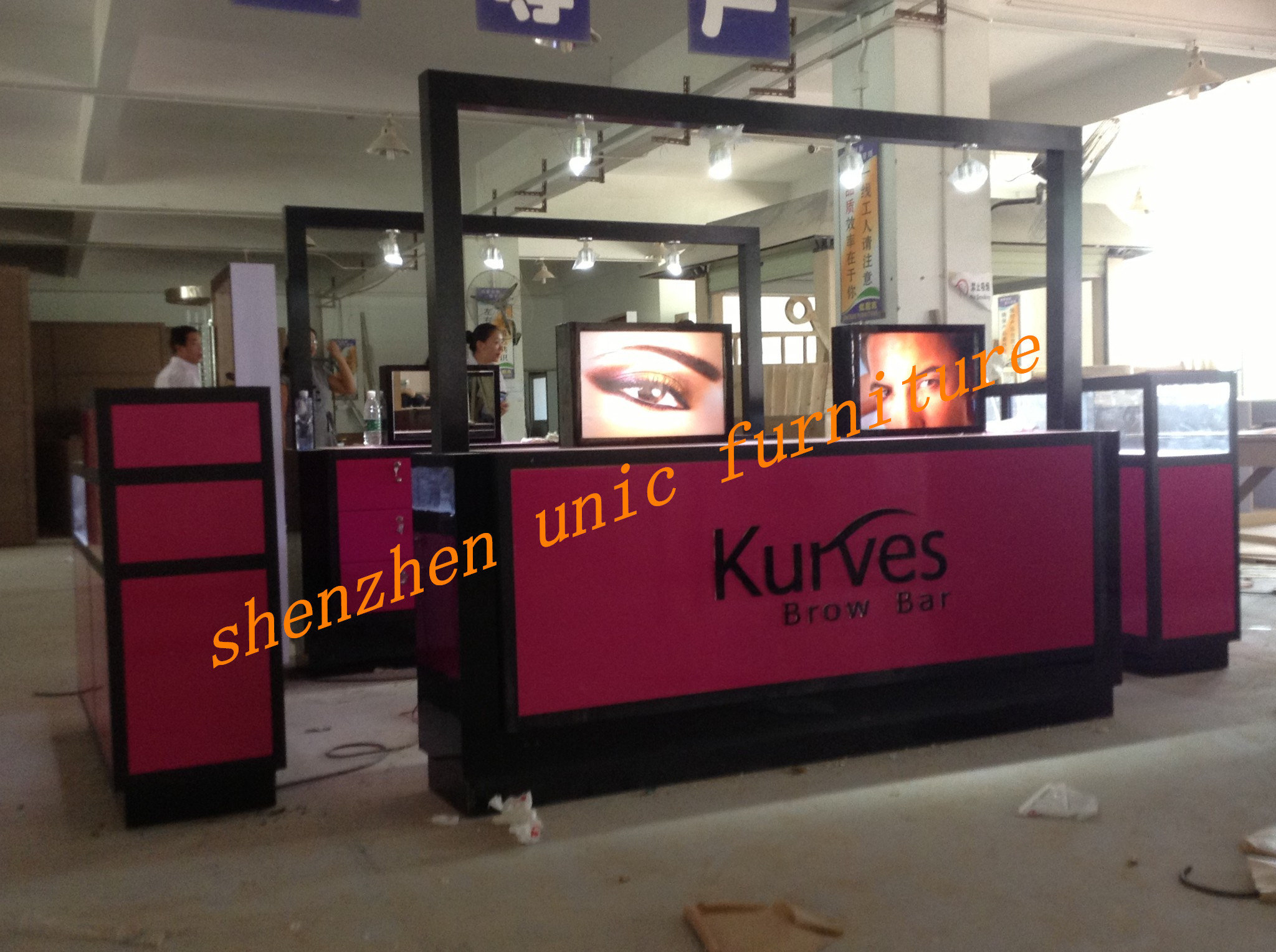 kurves-production-02